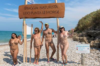 Spiaggia Naturista Lido Punta Le Morge